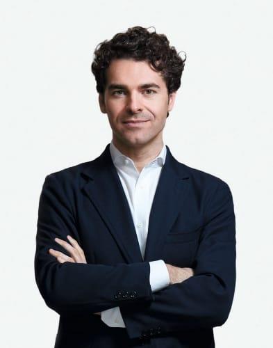 Portrait d'alberto alemanno professeur de droit à HEC Paris