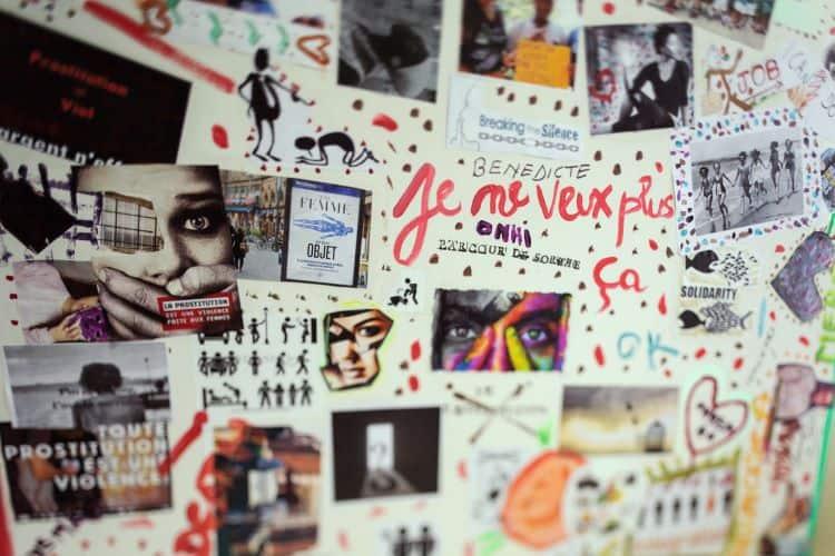 Affiche présente dans les couloirs de l'Amicale du Nid, l'association dirigée par Hélène de Rugy. Ici, les prostituées victimes de violences s'expriment. © Thibaut Jeanson