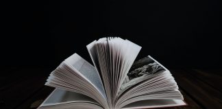 livre à la page